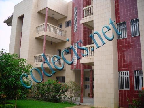 image du bien  : Appartement de 03 chambres a louer a Bastos,Yaounde