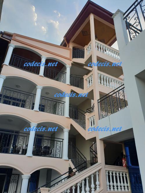 image du bien  : Appartement de 03 chambres à louer à Bastos,Yaoundé