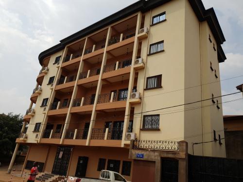 image du bien  : Appartements climatisés de 03 chambres à louer à Ngousso, Yaoundé