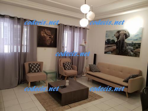 image du bien  : Studio meublé de haut standing à louer à Bastos, Yaoundé