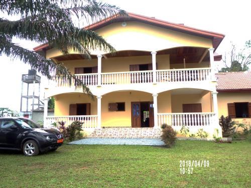Villa en duplex de 04 chambres à vendre à Ziou, Kribi